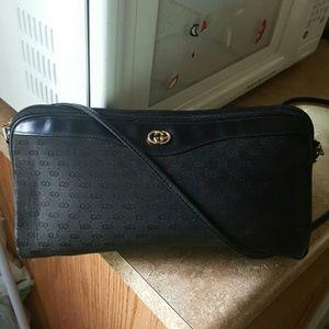 Vintage Gucci signature GG crossbody shoulder bag